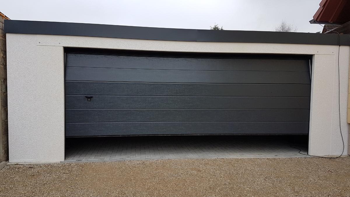 Doppel-Garage (Großraumgarage) aus Stahl mit Sektionaltor - BRANDL