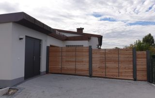 Sichtschutzwand im Carport-Stil - BRANDL
