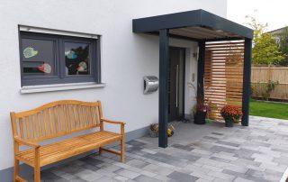 Vordach – Hauseingangsüberdachung im Carport-Stil - BRANDL
