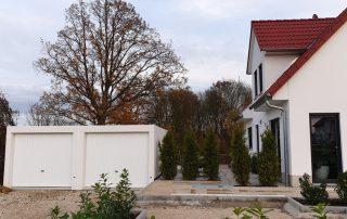 Doppel-Garage aus Beton mit Mittelwandöffnung - BRANDL