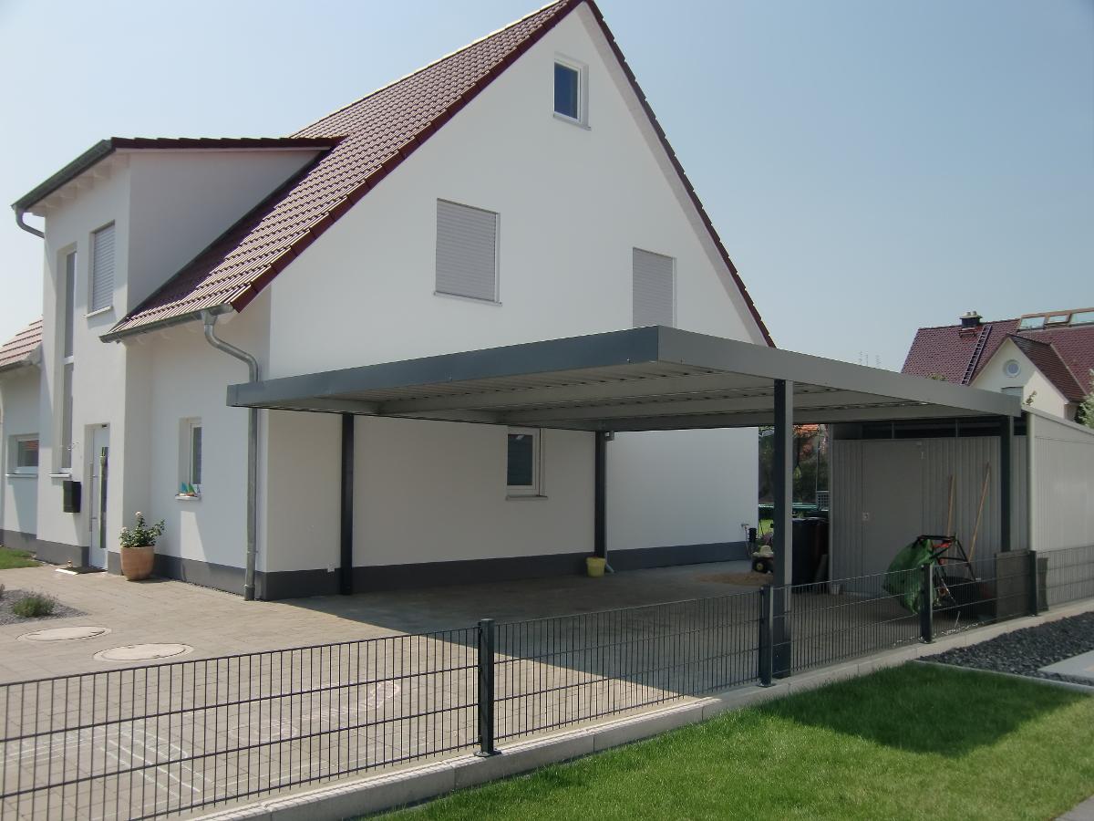 Doppel-Carport aus Stahl - BRANDL