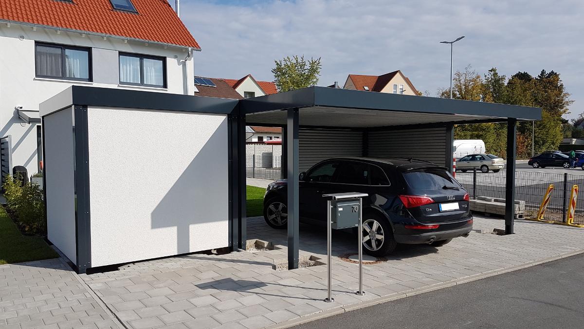 Doppel-Carport aus Stahl – mit Geräteraum (Abstellkammer) seitlich angebaut - BRANDL