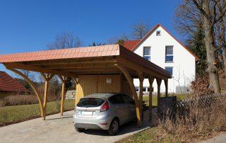 Doppel-Carport aus Holz mit Bogenpfosten + Abstellkammer - BRANDL