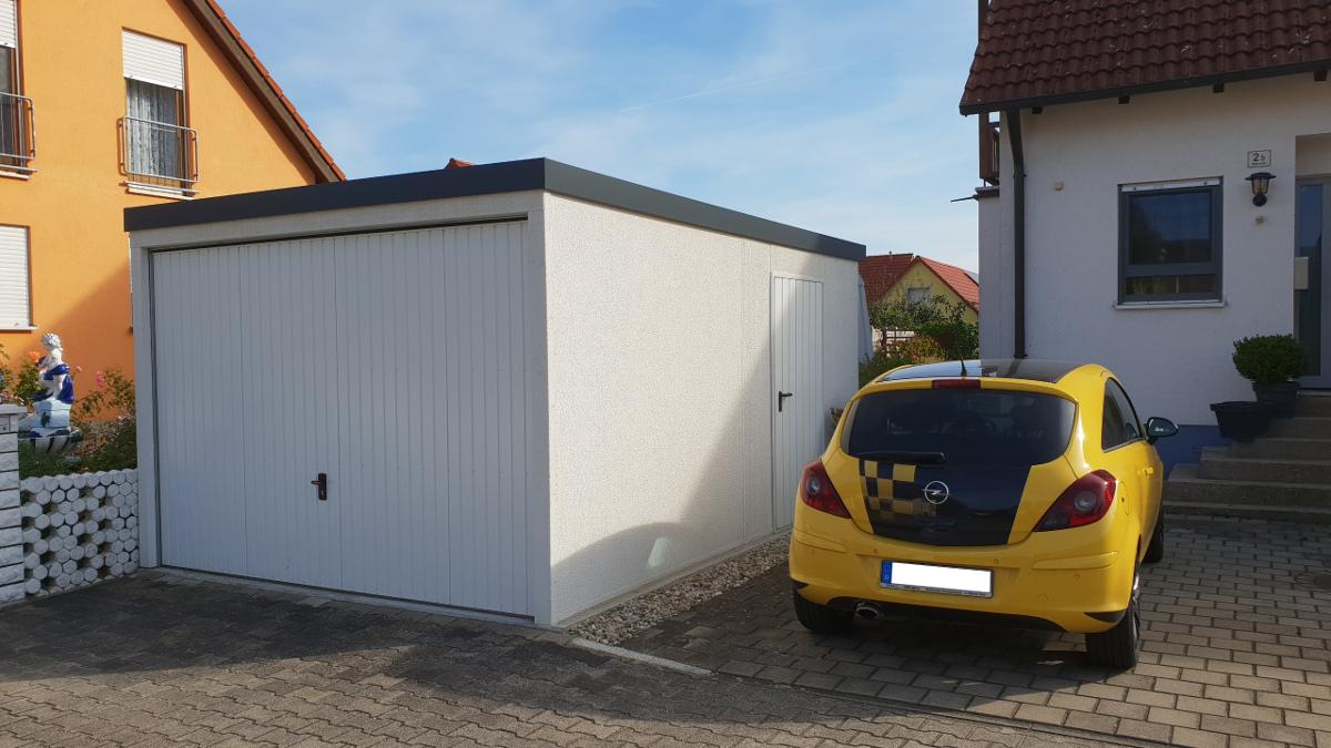 Wandverkleidung Garage : Einzel garage aus stahl mit schwingtor flachdach brandl