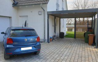 Einzel-Carport aus Stahl mit Wandelementen - BRANDL