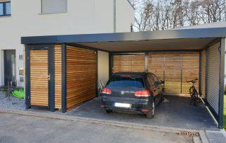 Doppel-Carport aus Stahl mit Anbau-Geräteraum seitlich - BRANDL