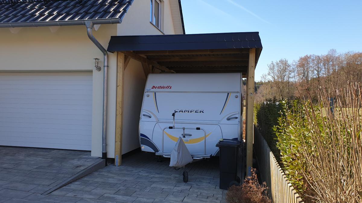 einzel carport aus holz f r wohnwagen carport f r caravan. Black Bedroom Furniture Sets. Home Design Ideas