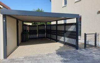 Einzel-Carport aus Stahl mit Geräteraum (Abstellkammer) hinten - BRANDL